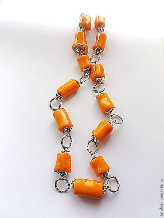 """Колье, бусы ручной работы. Ярмарка Мастеров - ручная работа. Купить Бусы """"Веселенький коралл"""". Handmade. Оранжевый, украшение с кораллами"""