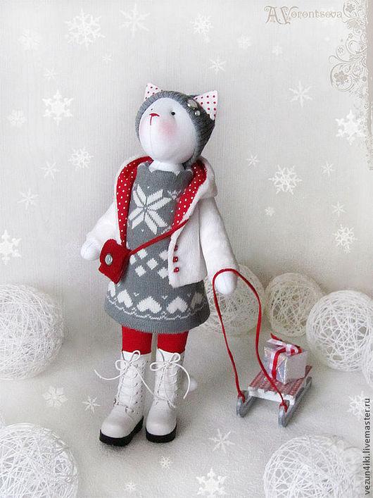 """Куклы Тильды ручной работы. Ярмарка Мастеров - ручная работа. Купить Кошка """"В дальней стране, укрытой зимою..."""". Handmade."""