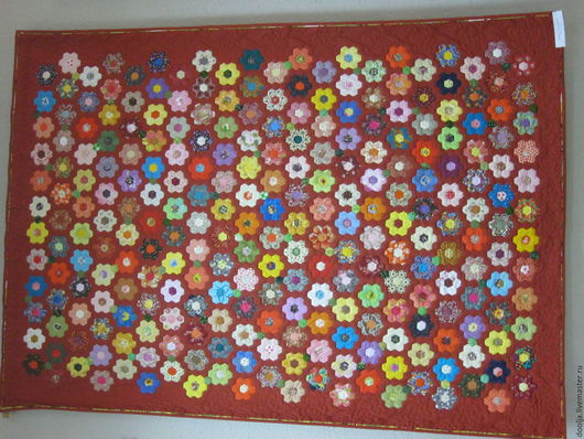 """Текстиль, ковры ручной работы. Ярмарка Мастеров - ручная работа. Купить Лоскутное одеяло """"Вальс цветов"""". Handmade. Коралловый"""