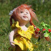 Куклы и игрушки ручной работы. Ярмарка Мастеров - ручная работа Аленка - летняя девочка. Кукла. Сухое валяние. Handmade.