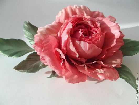 """Броши ручной работы. Ярмарка Мастеров - ручная работа. Купить Цветы из шелка. Роза """"Беатрис"""". Handmade. Коралловый, подарок девушке"""