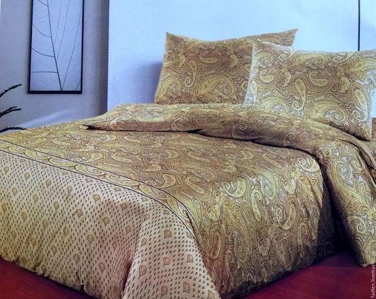Комплект постельного белья из уютного и мягкого сатина в коричневых, золотых, бежевых тонах с очень популярным рисунком `Пейсли`. Изготовим в любых размерах в течении 2-3 дней.