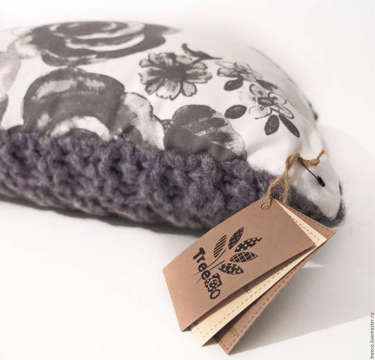 Текстиль, ковры ручной работы. Ярмарка Мастеров - ручная работа. Купить Подушка серая/белая с вязаной стороной. Handmade. Серый, хлопок