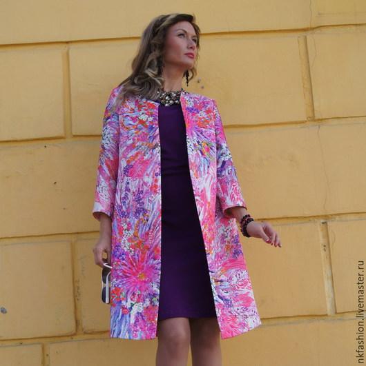 """Верхняя одежда ручной работы. Ярмарка Мастеров - ручная работа. Купить Пальто из жаккарда """"Вспышки розового"""". Handmade. Разноцветный"""
