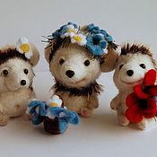 Куклы и игрушки ручной работы. Ярмарка Мастеров - ручная работа Ежик игрушка из шерсти Три ежа. Handmade.