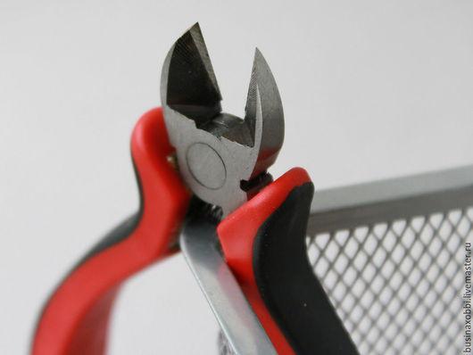 Инструмент для бижутерии Кусачки Очень  нужный инструмент каждого мастера (проверено на себе:) - кусачки