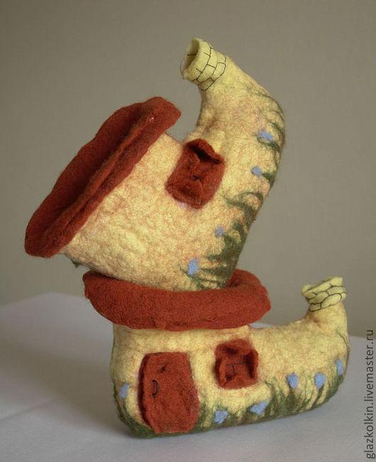 """Обувь ручной работы. Ярмарка Мастеров - ручная работа. Купить Домашние тапочки """"Домик гнома"""". Handmade. Обувь ручной работы"""