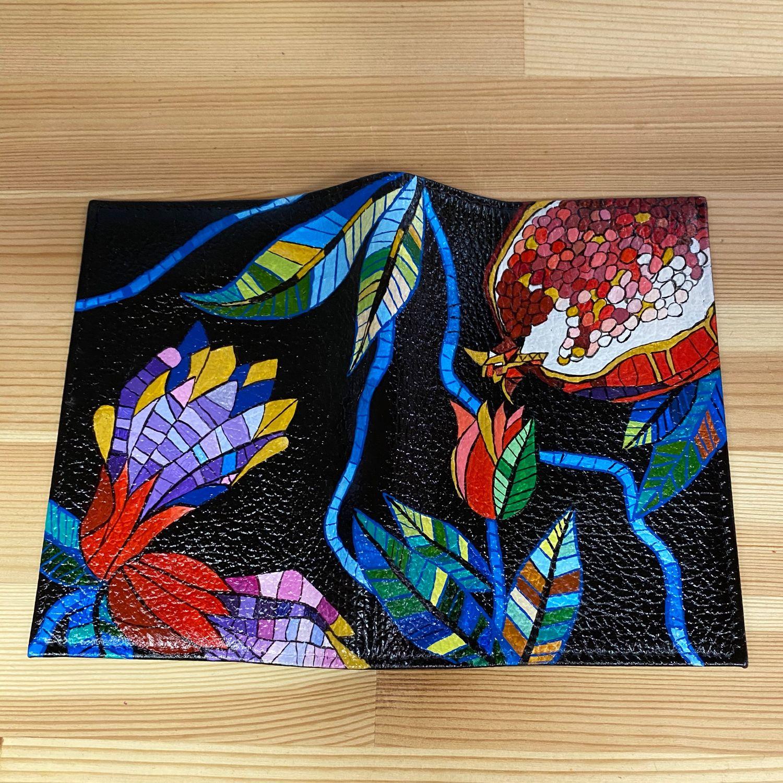 Обложка на паспорт с ручной росписью «Гранаты», Чехол, Москва,  Фото №1