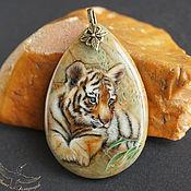Украшения handmade. Livemaster - original item Pendant with painted stone Tiger lacquer miniature totem amulet Jasper. Handmade.