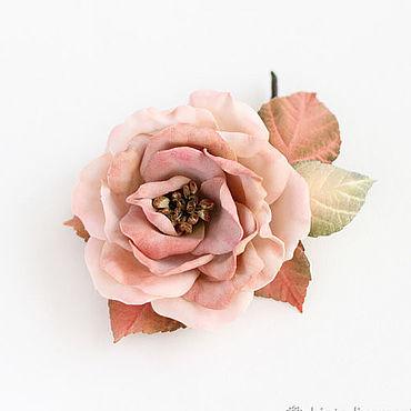 Украшения ручной работы. Ярмарка Мастеров - ручная работа Цветок брошь роза бежевая розовая из фоамирана. Handmade.