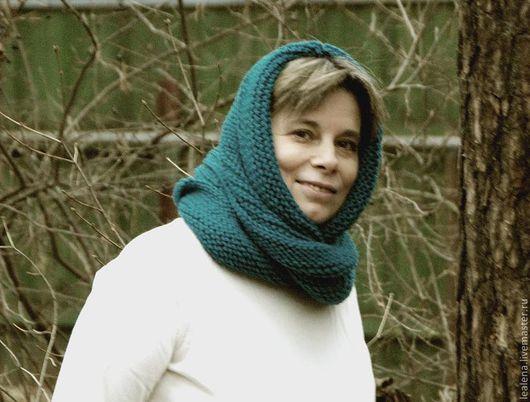 """Шали, палантины ручной работы. Ярмарка Мастеров - ручная работа. Купить Снуд-шарф сине-зеленый """"Мурена"""" (полушерсть). Handmade."""