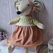 Мягкие игрушки ручной работы. Ярмарка Мастеров - ручная работа Мягкие игрушки: Плюшевая мышка. Handmade.