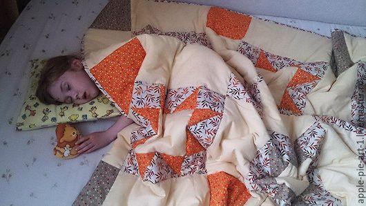 Лоскутное одеяло, лоскутный плед, покрывало на кровать. Одеяло пэчворк.