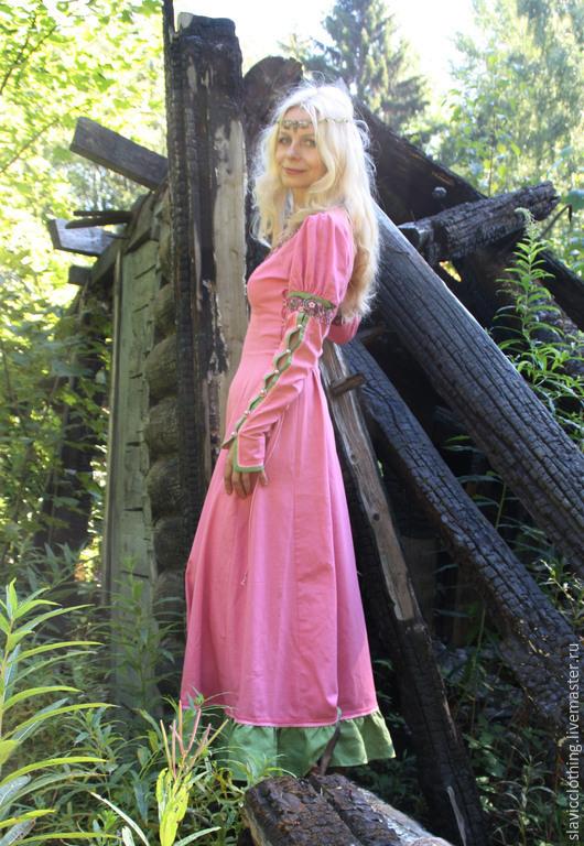 """Платья ручной работы. Ярмарка Мастеров - ручная работа. Купить средневековое эльфийское  платье""""Розовый сон"""". Handmade. Розовый, авторское платье"""