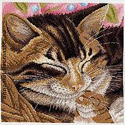 Картины и панно ручной работы. Ярмарка Мастеров - ручная работа Вышивка крестом Кот и мышь (Cat and Mouse). Handmade.