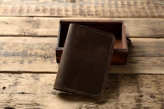 Обложки ручной работы. Ярмарка Мастеров - ручная работа. Купить Оливковая обложка на паспорт из натуральной кожи ручной работы. Handmade.