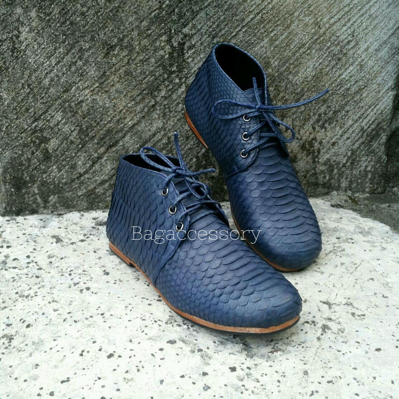 Handmade Shoes handmade. Livemaster - handmade. Buy Boots genuine Python leather.Shoes, men's shoes, designer boots