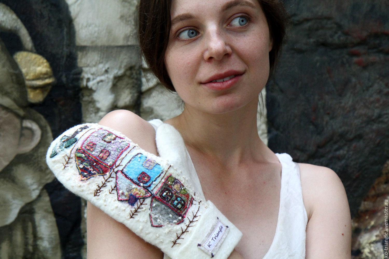 Mittens & Gloves handmade. Livemaster - handmade. Buy Felted mittens 'Village'.Handmade, figure, mittens with embroidery