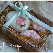 """Мыло ручной работы. Ярмарка Мастеров - ручная работа """"Бабочка и роза"""" (розовый) Набор мыла ручной работы. Handmade."""