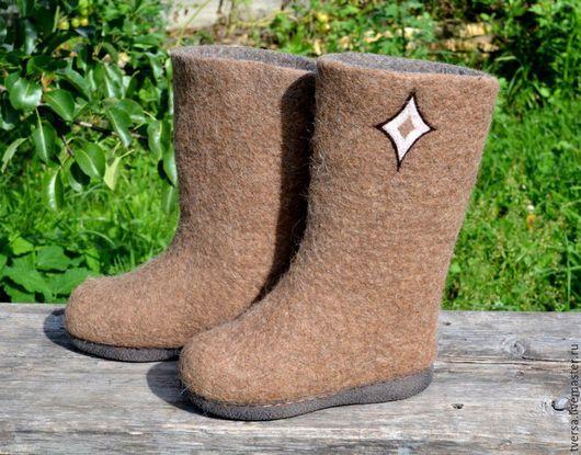Обувь ручной работы. Ярмарка Мастеров - ручная работа. Купить Валенки ручной валки на подошве из верблюжьей шерсти Северные. Handmade.