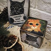 Подарки к праздникам handmade. Livemaster - original item A ginger cat and a tree, a cube and a wooden Christmas card. Handmade.