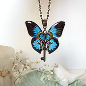 Украшения handmade. Livemaster - original item Transparent Pendant Key Black Blue Butterfly Vintage Key on a Chain 2. Handmade.