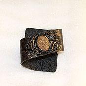 Украшения ручной работы. Ярмарка Мастеров - ручная работа Кожаный браслет с пиритом. Handmade.