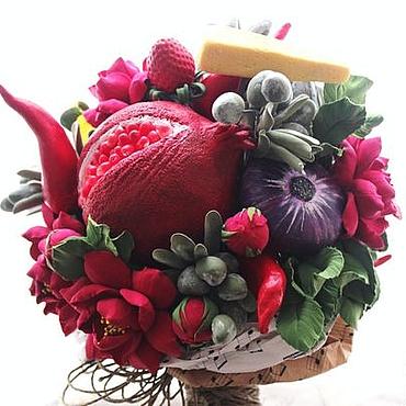 Цветы и флористика ручной работы. Ярмарка Мастеров - ручная работа Цветочно-овощной букет с сыром. Handmade.