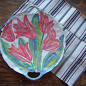 """Тарелки ручной работы. Ярмарка Мастеров - ручная работа Тарелка с ручками для подачи """"Тюльпаны"""". Handmade."""