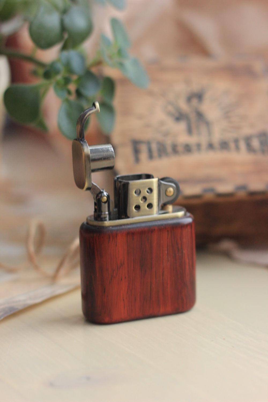 Зажигалка деревянная, подарочная с личной гравировкой в коробке, Подарки на 23 февраля, Санкт-Петербург,  Фото №1
