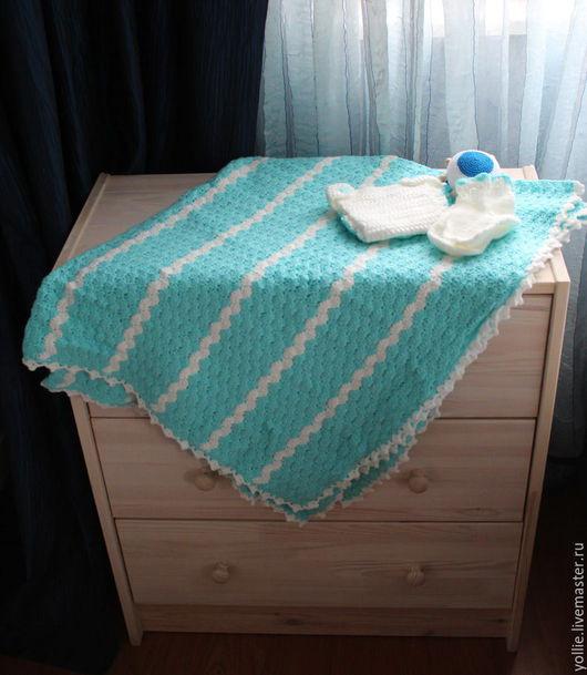 Пледы и одеяла ручной работы. Ярмарка Мастеров - ручная работа. Купить Набор для новорожденного. Handmade. Плед, игрушка-погремушка
