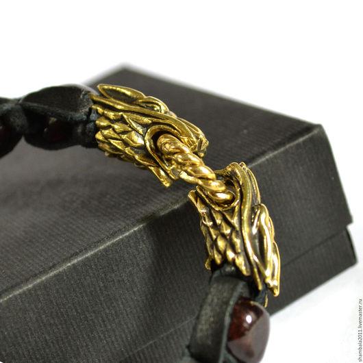 купить мужской браслет, в интернет магазине, мужские браслеты, браслет в подарок, браслет с гранатом, браслет из кожи, кожаный браслет