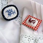Украшения ручной работы. Ярмарка Мастеров - ручная работа Две броши с вышивкой. Handmade.