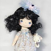 Куклы и игрушки ручной работы. Ярмарка Мастеров - ручная работа Куколка с мишкой. Интерьерная кукла с синими глазами.. Handmade.
