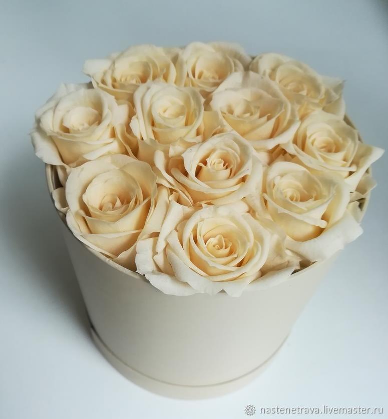Розы в коробке 11 штук, Свадебные цветы, Москва, Фото №1