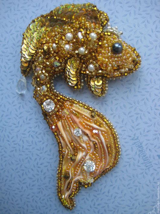"""Броши ручной работы. Ярмарка Мастеров - ручная работа. Купить Брошь """"Золотая рыбка"""". Handmade. Золотой, брошь ручной работы"""