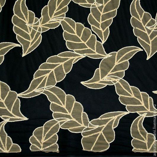Вышивка на сетке с бисером - листья