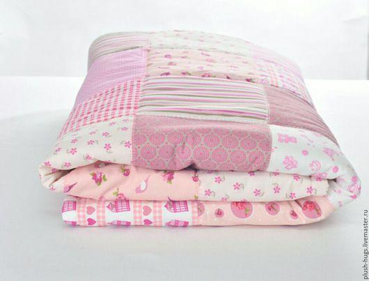 """Пледы и одеяла ручной работы. Ярмарка Мастеров - ручная работа. Купить Конверт-одеялко """"Розовое счастье"""". Handmade. Бледно-розовый"""