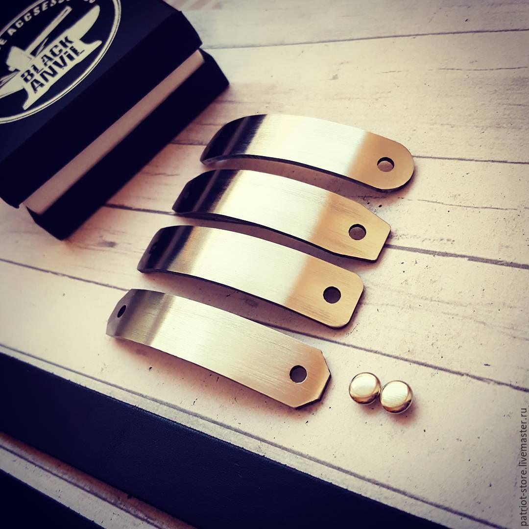"""Кожаный браслет """"Karma"""", с металлической вставкой и гравировкой"""