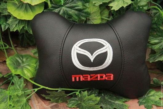 Автомобильные ручной работы. Ярмарка Мастеров - ручная работа. Купить Mazda.Автоподушка для шеи.Натуральная кожа. Handmade. Черный, мазда