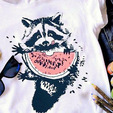 Одежда ручной работы. Ярмарка Мастеров - ручная работа Футболка Енот с арбузом, ручная роспись. Handmade.