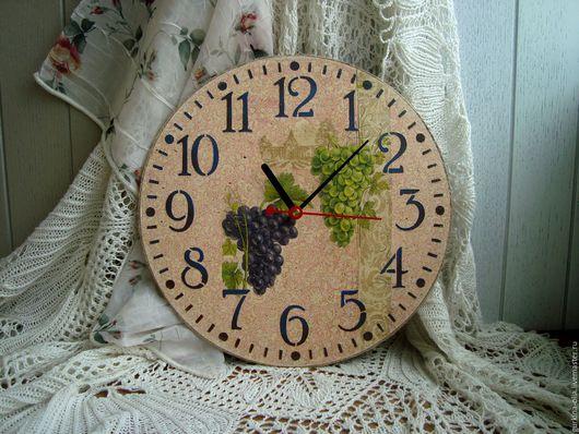 """Часы для дома ручной работы. Ярмарка Мастеров - ручная работа. Купить Часы """"ВИНОГРАД"""". Handmade. Прованс, часы для дома"""
