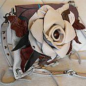 Сумки и аксессуары ручной работы. Ярмарка Мастеров - ручная работа Сумочка кожаная с цветком. Handmade.