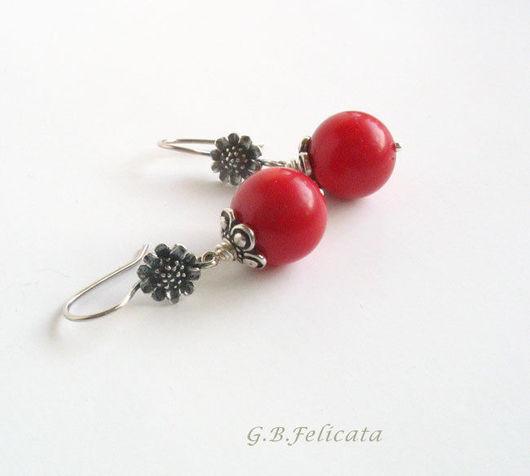 """Серьги ручной работы. Ярмарка Мастеров - ручная работа. Купить Серьги """"Красные цветы """". Коралл, серебро.. Handmade."""