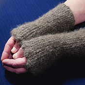 Аксессуары handmade. Livemaster - original item Women`s knitted mittens Сappuccino. Handmade.