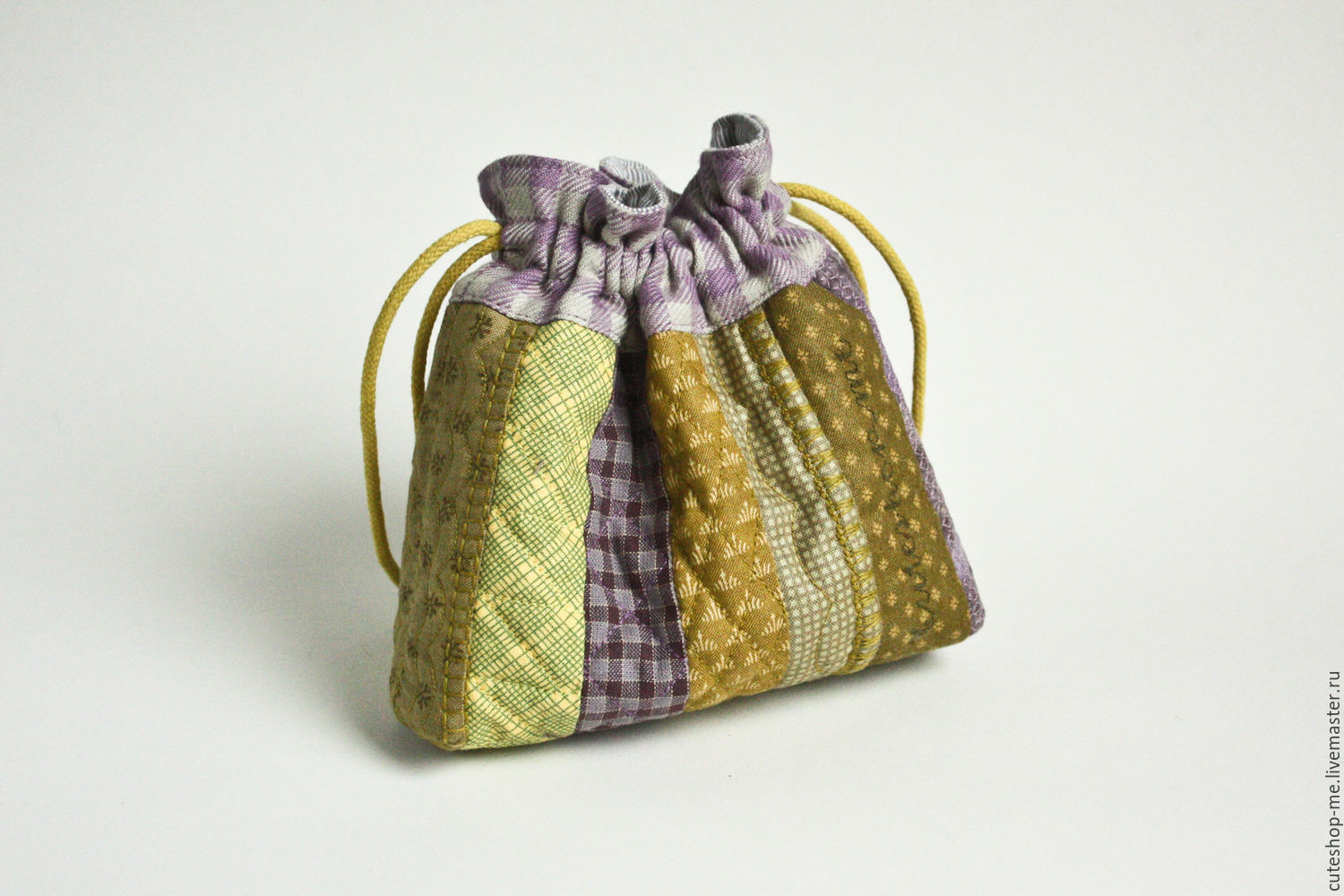 Textile bag for cosmetics and jewelry made with quilting techniques, Beauticians, Moscow,  Фото №1