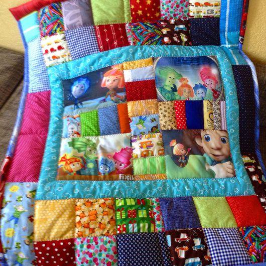 Пледы и одеяла ручной работы. Ярмарка Мастеров - ручная работа. Купить Фиксики на одеяле. Handmade. Фиксики, лоскутное одеяло, печворк