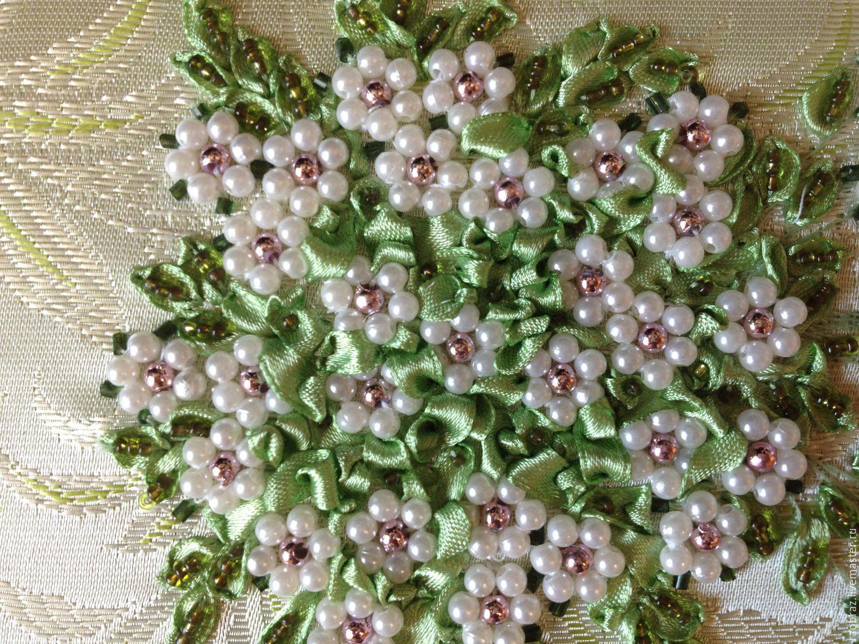Картинка цветок вышивка бисером