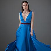 Одежда ручной работы. Ярмарка Мастеров - ручная работа Платье голубое с глубоким вырезом летящее. Handmade.
