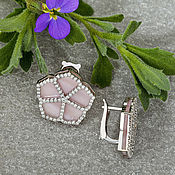 Украшения handmade. Livemaster - original item Elegant white gold earrings with diamonds and pink mother of pearl. Handmade.